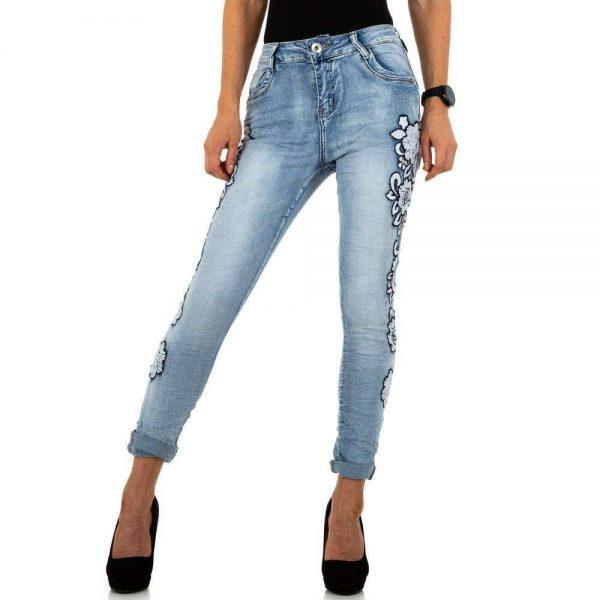 Jeans mit Blütenornamenten