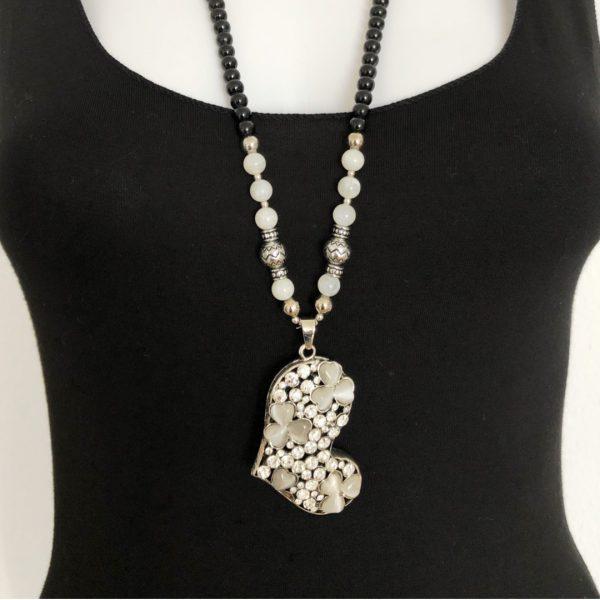 Halskette mit Herzänhänger