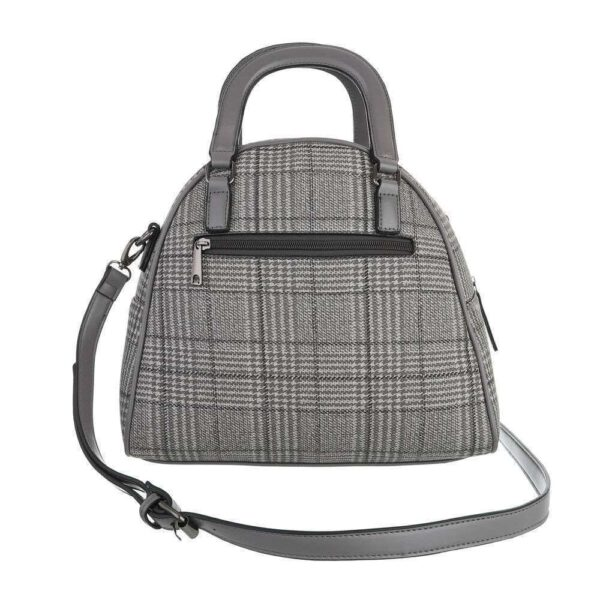 Mittelgroß ist diese hübsche, graue, karierte Tasche